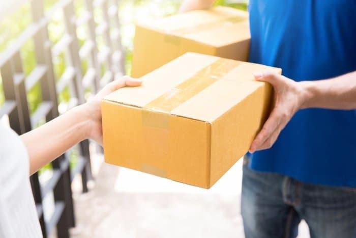 Gửi hỏa tốc bưu phẩm, hồ sơ đi Pháp