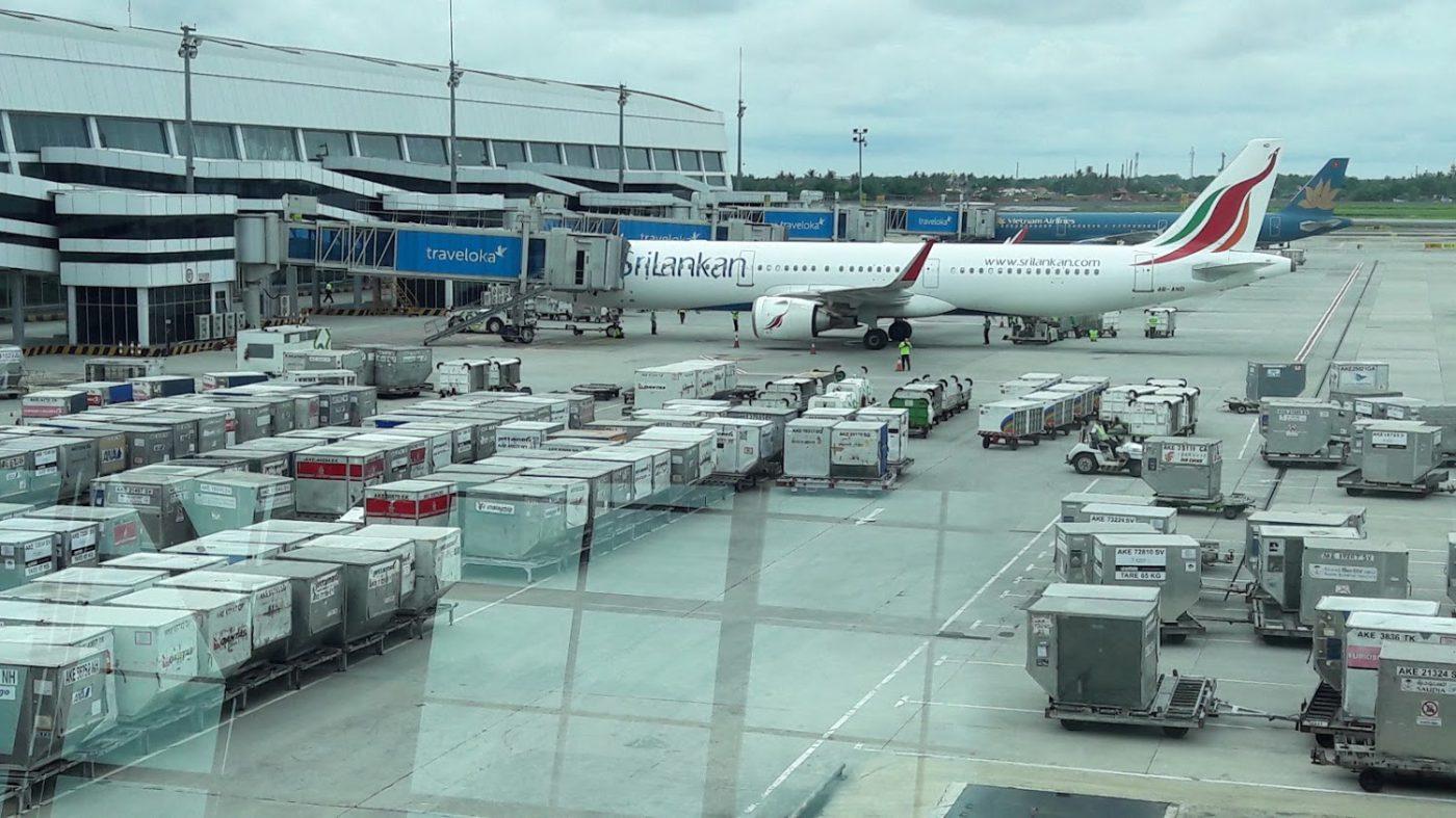 Chi phí vận chuyển hàng không